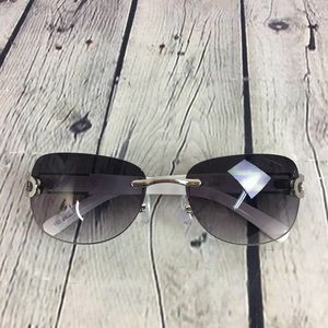Women's White Silver Large Square Frame Sunglasses